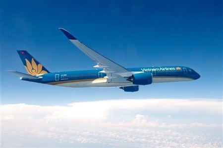 Việt Nam mở lại 6 đường bay quốc tế 🛫
