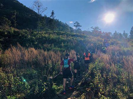 Ngắm cảnh Sa Pa trên đường đua marathon 🏃♂️